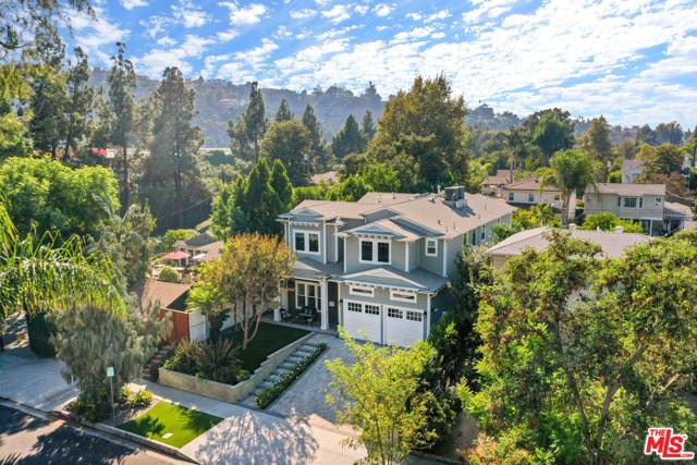 4053 Laurelgrove Avenue, Studio City CA: http://media.crmls.org/mediaz/CEEC9E71-7ACD-4C35-B7C1-FF75AC608CFF.jpg