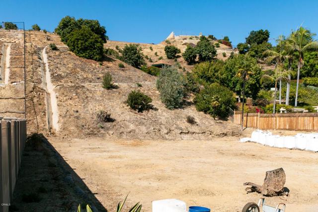 894 High Point Drive, Ventura CA: http://media.crmls.org/mediaz/CF1CA45C-E688-4041-8A63-9DF6536F6A12.jpg