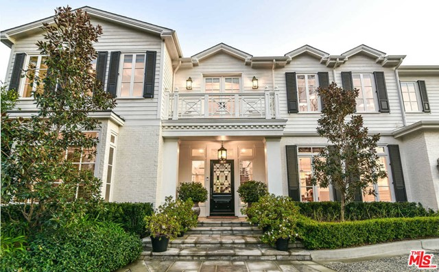 Photo of 15640 WOODVALE Road, Encino, CA 91436
