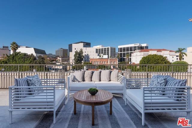 地址: 9601 CHARLEVILLE , Beverly Hills, CA 90212