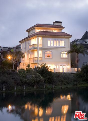5003 ROMA Court #  Marina del Rey CA 90292