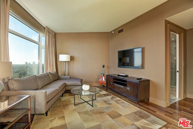 1 W CENTURY DRIVE #8A, LOS ANGELES, CA 90067  Photo 19