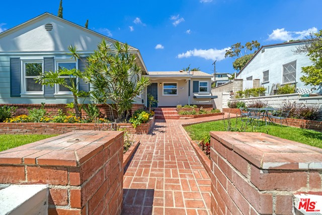 13107 Rose Ave, Los Angeles, CA 90066 photo 3