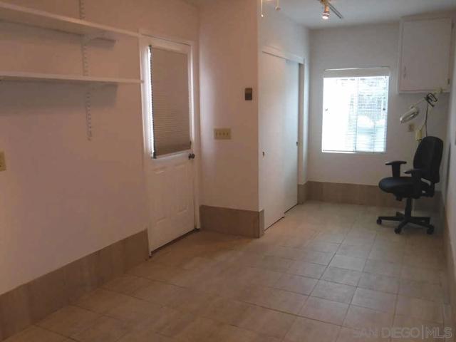 732 W 5th Avenue, Escondido CA: http://media.crmls.org/mediaz/D088A327-0156-431E-95D8-9E880A128F56.jpg
