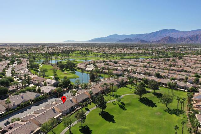 37647 Westridge Avenue, Palm Desert CA: http://media.crmls.org/mediaz/D0C82FE6-A284-4C54-B413-ABB4CAFFCDFD.jpg