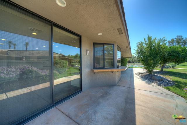 4 Wake Forest Court, Rancho Mirage CA: http://media.crmls.org/mediaz/D0E21504-5F6A-4163-9B5B-8EAB0F65E425.jpg