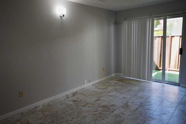 536 Hawthorn Avenue, Sunnyvale CA: http://media.crmls.org/mediaz/D12B8F36-254A-4BCA-A6C6-5DE85583F7BC.jpg