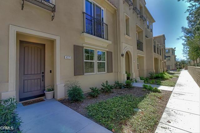437 Castiano Street, Camarillo CA: http://media.crmls.org/mediaz/D15E6B42-270F-4E27-9C94-AA92833E46E1.jpg