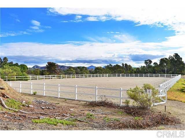 6710 El Montevideo, Rancho Santa Fe CA: http://media.crmls.org/mediaz/D180FD33-DF68-472B-A12D-026A4BB1015A.jpg