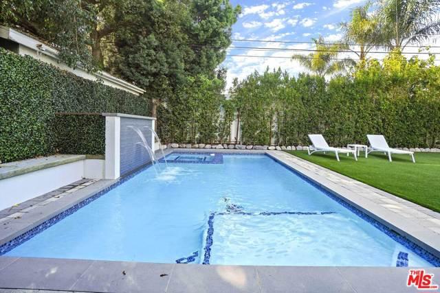 4053 Laurelgrove Avenue, Studio City CA: http://media.crmls.org/mediaz/D1A0DFA4-5361-4EBB-84C8-5D7A8C167212.jpg