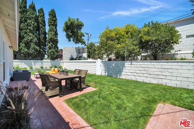 13107 Rose Ave, Los Angeles, CA 90066 photo 24
