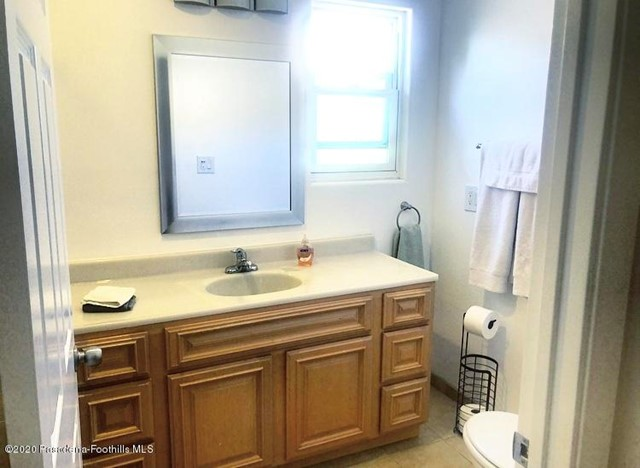 746 La Jolla, West Hollywood, California 90046, ,1 BathroomBathrooms,For Lease,La Jolla,820002655