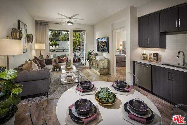 678 E WALNUT Street, Pasadena CA: http://media.crmls.org/mediaz/D2763F25-28C8-4AA8-A7AB-9246D58ED0BF.jpg