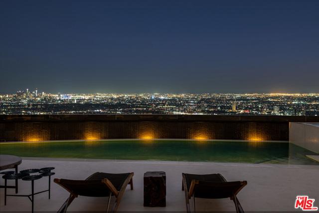 Photo of 1561 BLUE JAY Way, Los Angeles, CA 90069