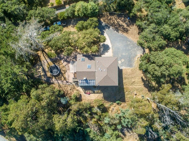 19080 Oak Heights Drive, Salinas CA: http://media.crmls.org/mediaz/D30ECEA1-743C-453C-9CEB-F6122C6A75A0.jpg