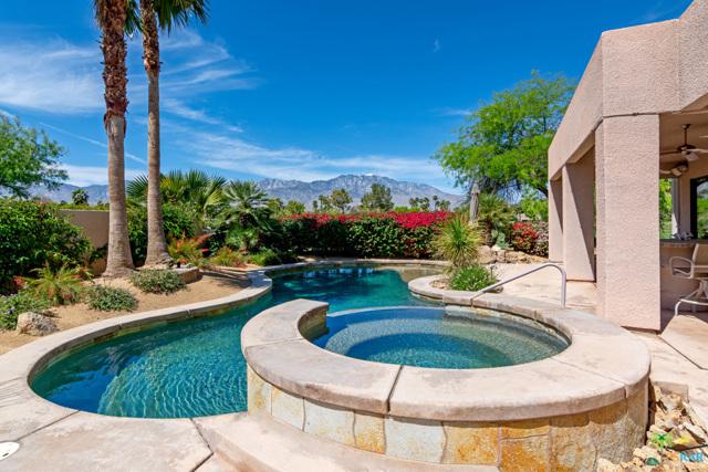 15 Birkdale Circle, Rancho Mirage CA: http://media.crmls.org/mediaz/D36E81D8-A7F2-4739-9722-F6A51CB01CBC.jpg