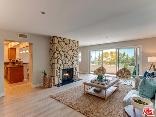 230 Catalina 206 Redondo Beach CA 90277