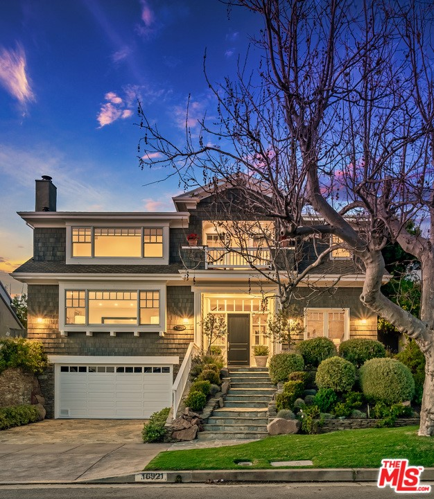Photo of 16921 BOLLINGER Drive, Pacific Palisades, CA 90272