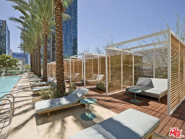 1000 W 8th Street, Los Angeles CA: http://media.crmls.org/mediaz/D4900203-886A-4D95-A4FC-BA5D21E08646.jpg