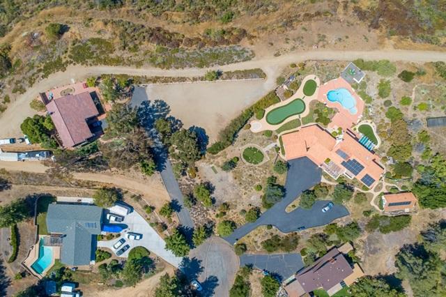 3251 Vista Cielo Ln, Spring Valley CA: http://media.crmls.org/mediaz/D4CB3711-24FB-4B89-9504-2301C48E3C6F.jpg