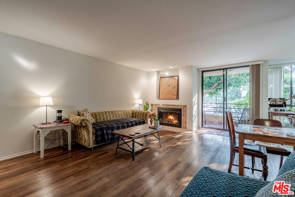 1312 S Saltair Avenue # 101 Los Angeles CA 90025