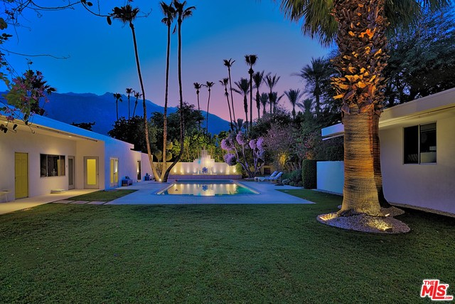 Single Family Home for Sale at 650 Tachevah Drive E Palm Springs, California 92262 United States