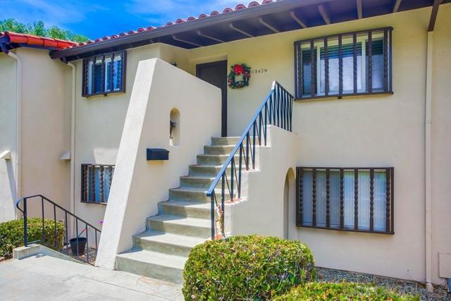 11942 Rancho Bernardo Road, San Diego CA: http://media.crmls.org/mediaz/D5DAE8E1-4989-41B7-9412-C66951850257.jpg