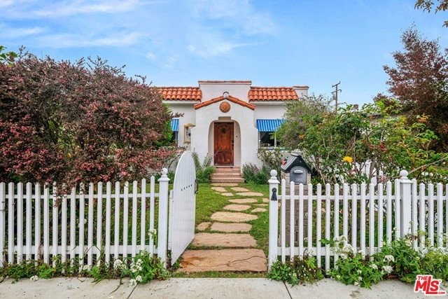 4260 Mcconnell Culver City CA 90066