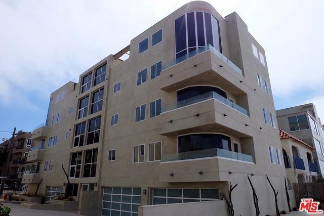 Single Family for Rent at 2 Catamaran Marina Del Rey, California 90292 United States