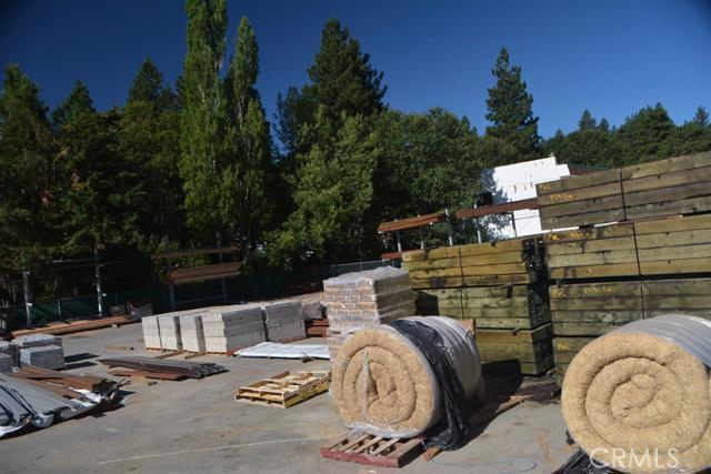 26567 Pine Avenue, Rimforest CA: http://media.crmls.org/mediaz/D673A86D-F487-4890-BC5F-675FC831E973.jpg