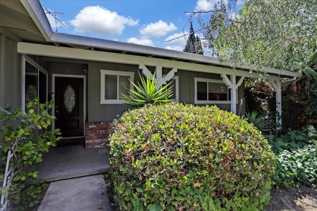 1758 Heron Avenue, Sunnyvale CA: http://media.crmls.org/mediaz/D6BEF197-D197-444A-8294-FF4F0AEF6285.jpg