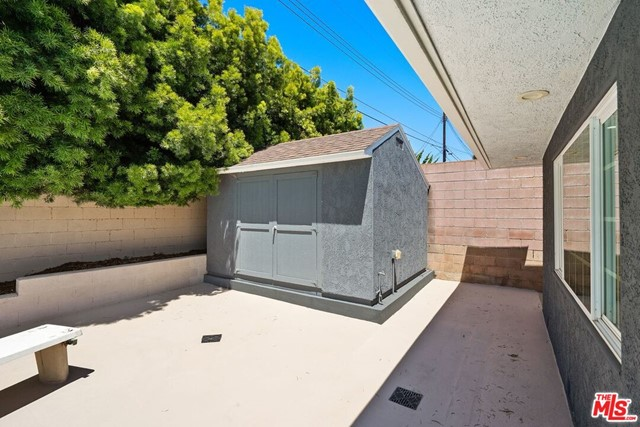 6711 S Sherbourne Dr, Los Angeles, CA 90056 photo 30