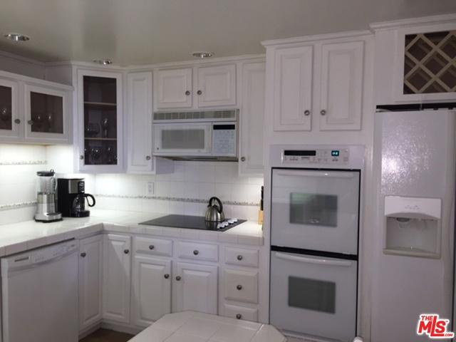 Condominium for Sale at 1118 3rd Street Santa Monica, California 90403 United States