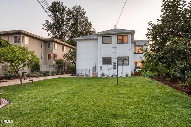 820 Brent Avenue, South Pasadena CA: http://media.crmls.org/mediaz/D88011E9-4C25-4E99-8E47-2D876B3354C8.jpg