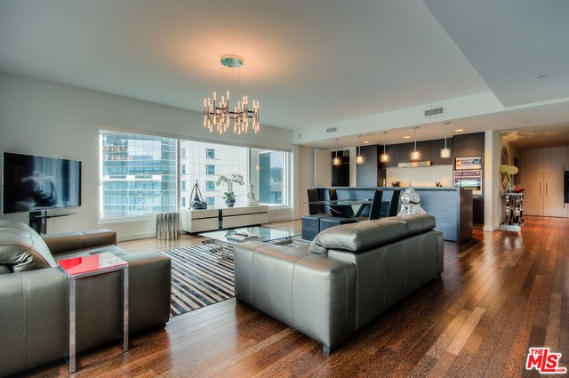Condominium for Rent at 6250 Hollywood Boulevard Los Angeles, California 90028 United States