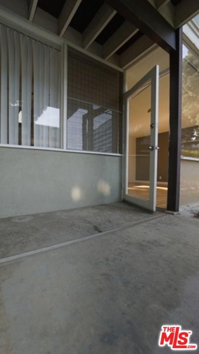 11133 ROSE Avenue, Los Angeles CA: http://media.crmls.org/mediaz/D8B38224-83F4-4295-955F-A0230E0515E6.jpg