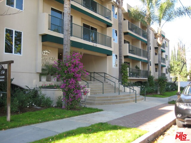 Rental Homes for Rent, ListingId:31130992, location: 4501 CEDROS Avenue # Sherman Oaks 91403