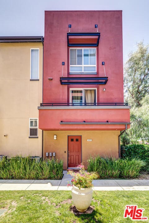 8620 Belford 402 Los Angeles CA 90045