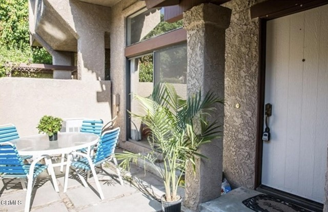 Detail Gallery Image 1 of 1 For 2425 Chandler Ave #3,  Simi Valley,  CA 93065 - 2 Beds | 2 Baths