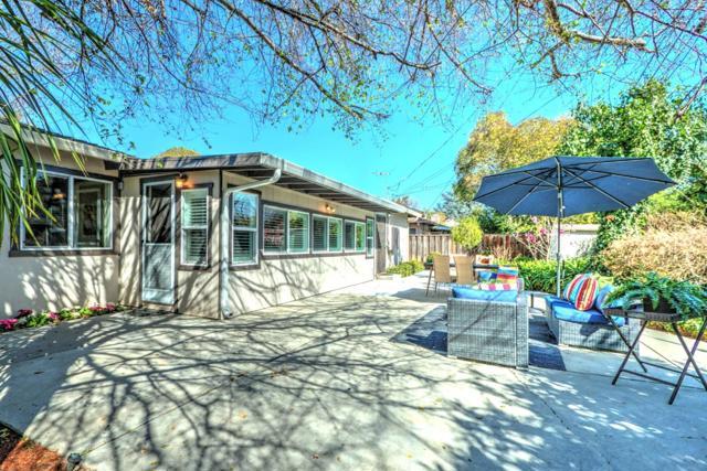 325 Waverley Street, Menlo Park CA: http://media.crmls.org/mediaz/D9020A73-1BBF-47DE-BB5A-042D360B099F.jpg