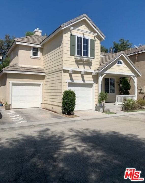 Photo of 23209 Brooke Lane, Santa Clarita, CA 91355