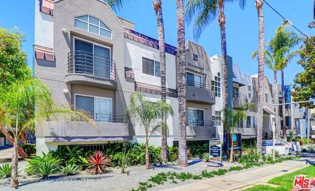 Photo of 4417 Hazeltine Avenue, Sherman Oaks, CA 91423