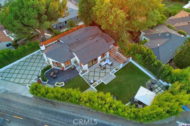 5043 Ramsdell Avenue, La Crescenta CA: http://media.crmls.org/mediaz/D97DFE15-260B-4E41-A297-E7E6719A6AD8.jpg