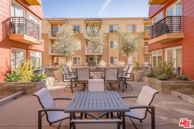 4050 Glencoe Avenue, Marina del Rey CA: http://media.crmls.org/mediaz/D99AAE7A-409F-4BC9-9CFE-274CB496E6E0.jpg