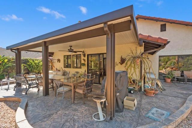 17623 Fonticello Way, San Diego CA: http://media.crmls.org/mediaz/D99CFC83-D79F-4BB1-BCFE-C4A61DF2861E.jpg