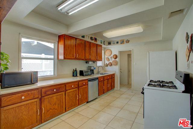 4136 Huntley Ave, Culver City, CA 90230 photo 12