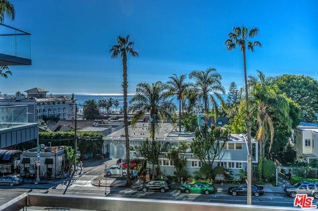 Condominium for Rent at 1755 Ocean Avenue Santa Monica, California 90401 United States
