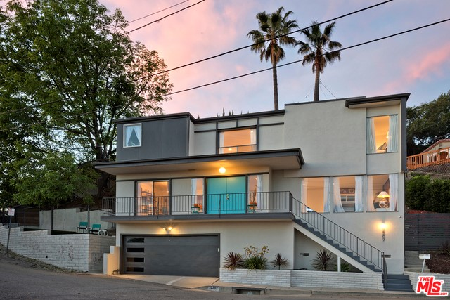 Single Family Home for Sale at 2207 Maricopa Drive Los Angeles, California 90065 United States