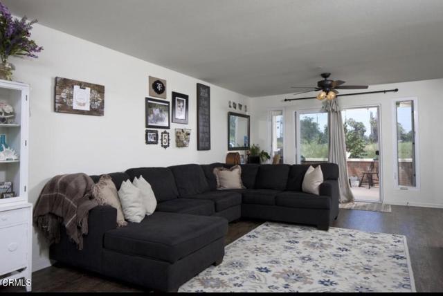 1008 Los Angeles Avenue, Ventura CA: http://media.crmls.org/mediaz/DABCC321-DD4E-42BB-8517-7E51DEE99E86.jpg