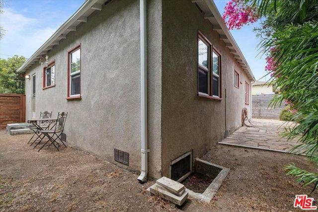 1037 Hill St, Santa Monica, CA 90405 photo 21